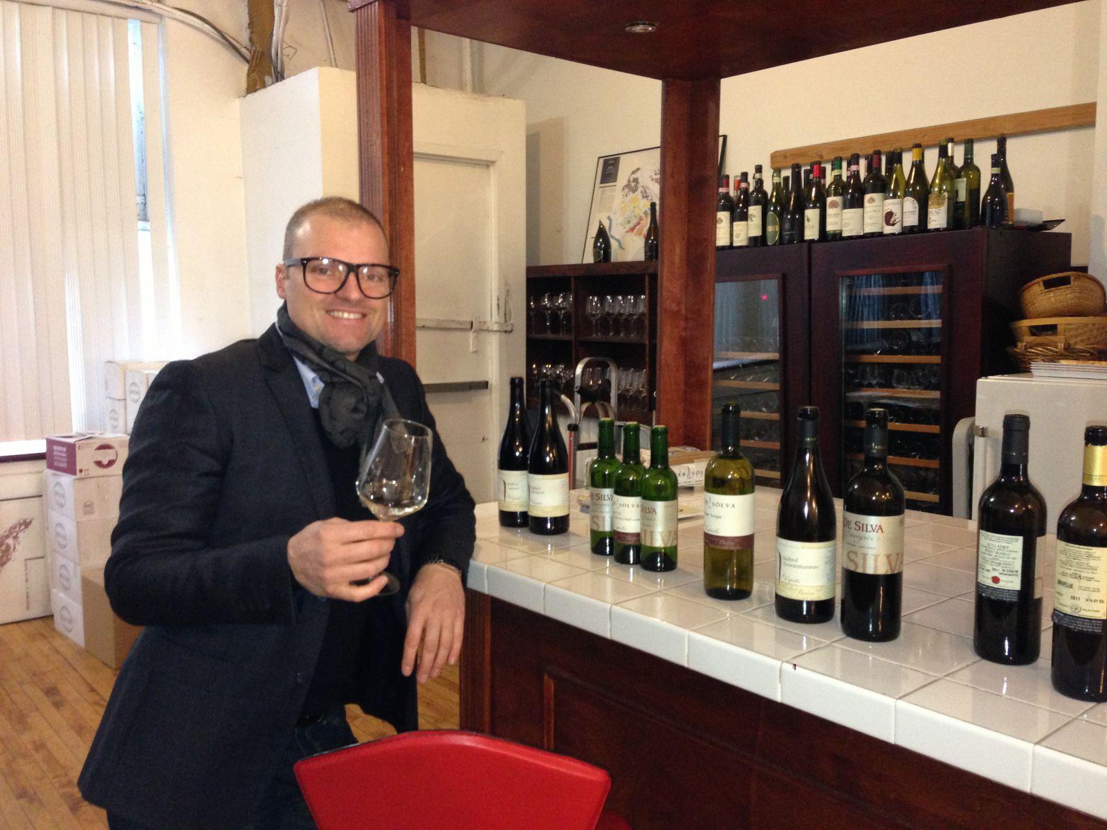 Stephan Soelva owner of Peter Soelva winery at Vignaioli Office