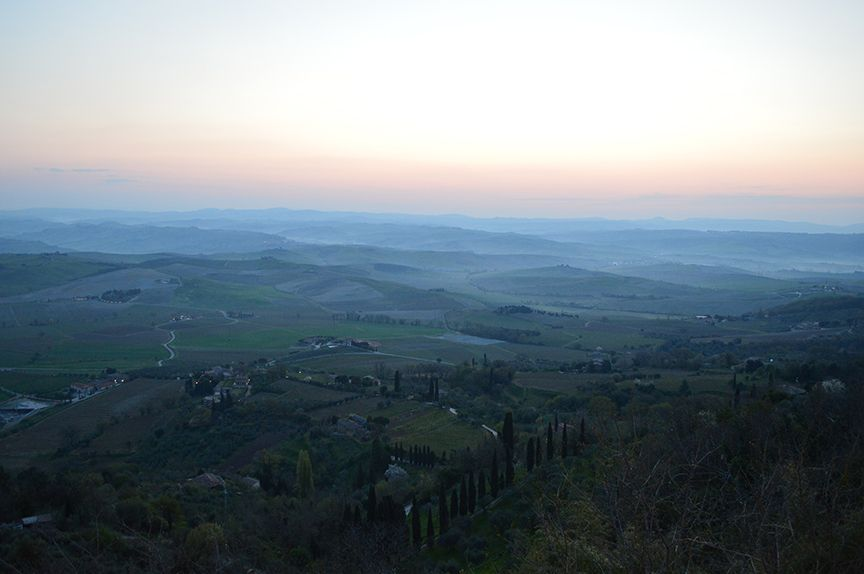 sunrise in montalcino