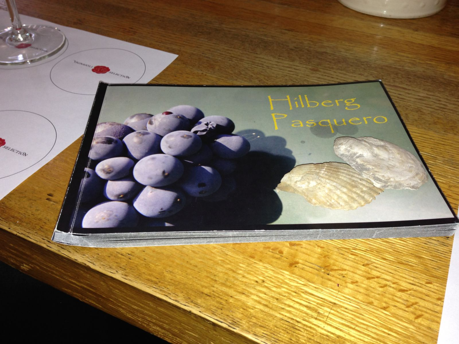 A beautiful brochure and the fossils you can find in Hilberg's soil