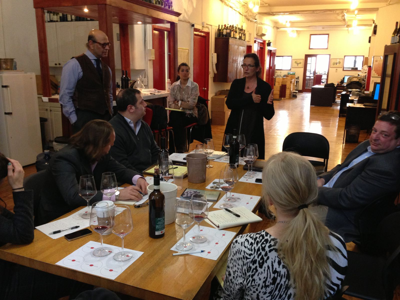 Annette is presenting her wines to Vignaioli Staff